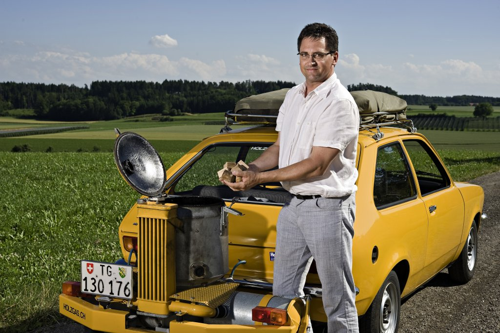 Berühmt Opel Kadett mit Holzvergaser @RJ_17